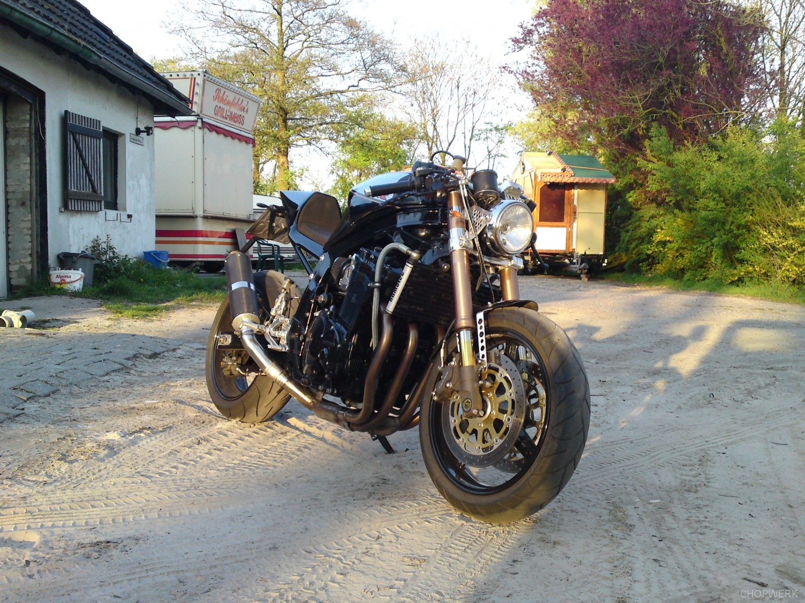GSX-R-1100-caferacer-6